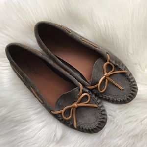 Lucky Brand | Taupe Suede Moccasin Driving Shoe 10